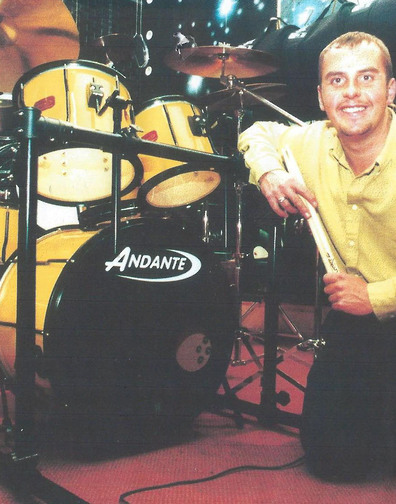 Carl Williams pictured alongside his New Andante Kit Drum. Carl performced on the 1993 Children in Need with the first Andante Drum Kit.