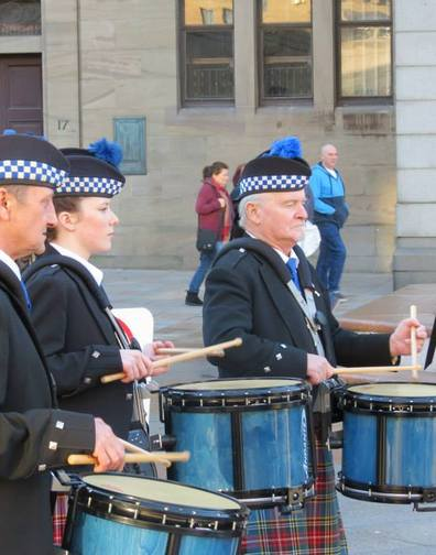 Main of Fintry PB from Dundee, Scotland for these great photos of the drummers.