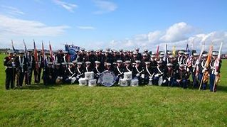 Mourne Young Defenders from Kilkeel Northern Ireland for this great photo of all the band. Looks great!