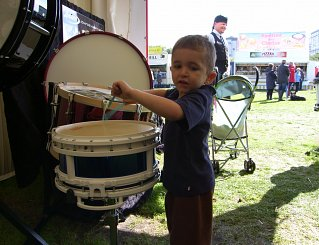 Roderick playing the snare on the Andante stand
